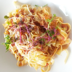 Duck_ragu_fettuccine__Canteen_at_The_Mac._Would_ve_liked_more_sauce_but_the_pasta_was_perfect.